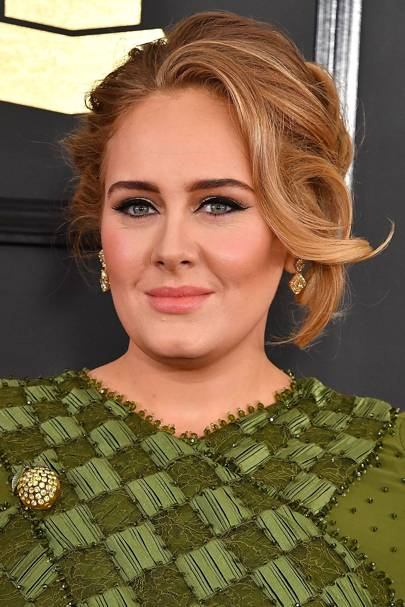 Adele Hairstyles Beauty Looks 2017 Look Book Pictures Photos Glamour Uk