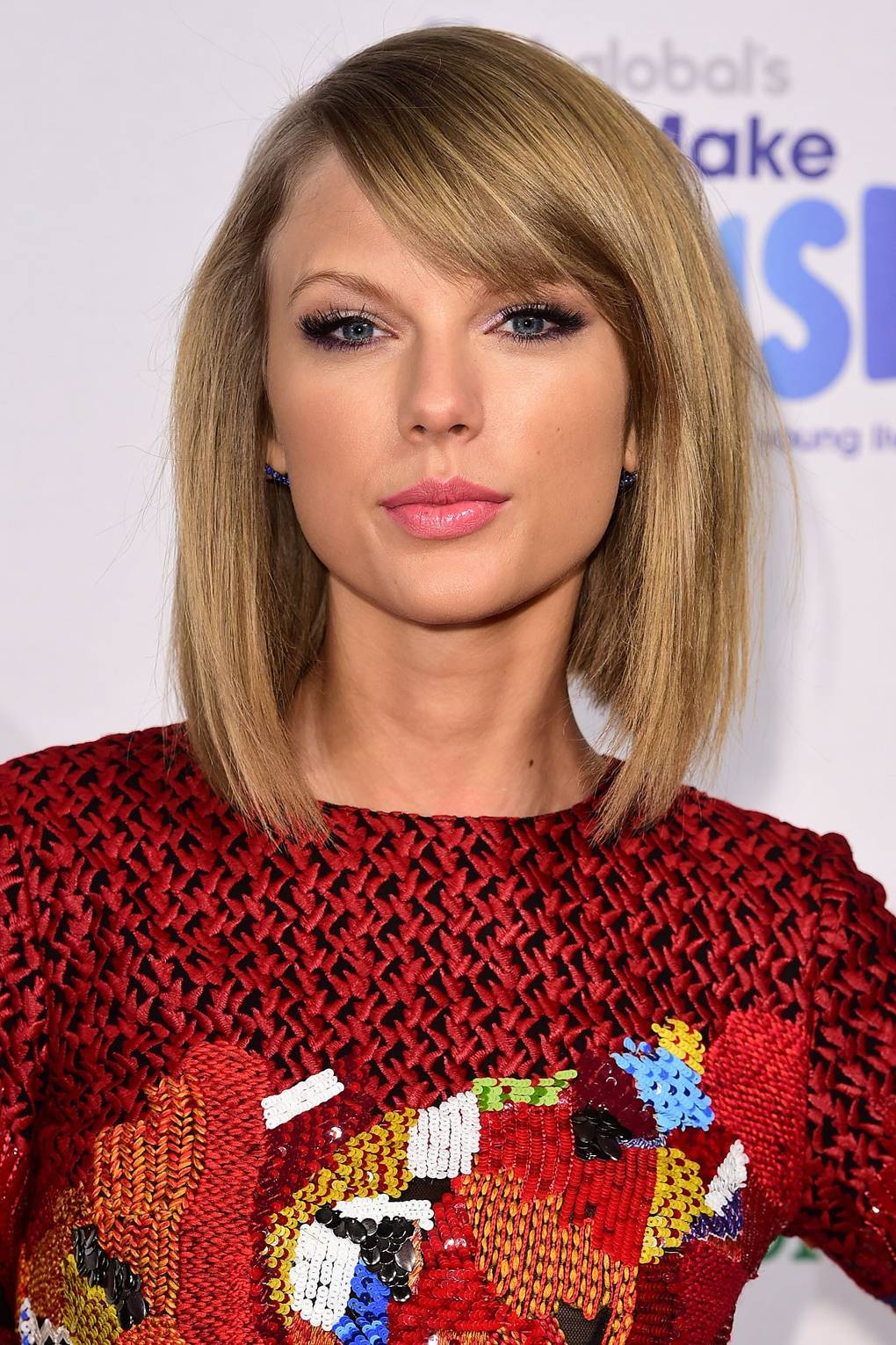 Taylor Swift Hair Make Up Ideas Hair Style Beauty Pictures