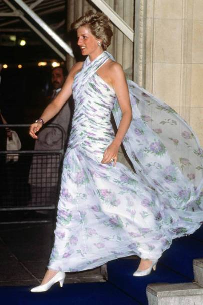 aaebd3ffc6 Princess Diana s Greatest Dresses - Fashion Photos