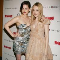 Kristen Stewart & Dakota Fanning