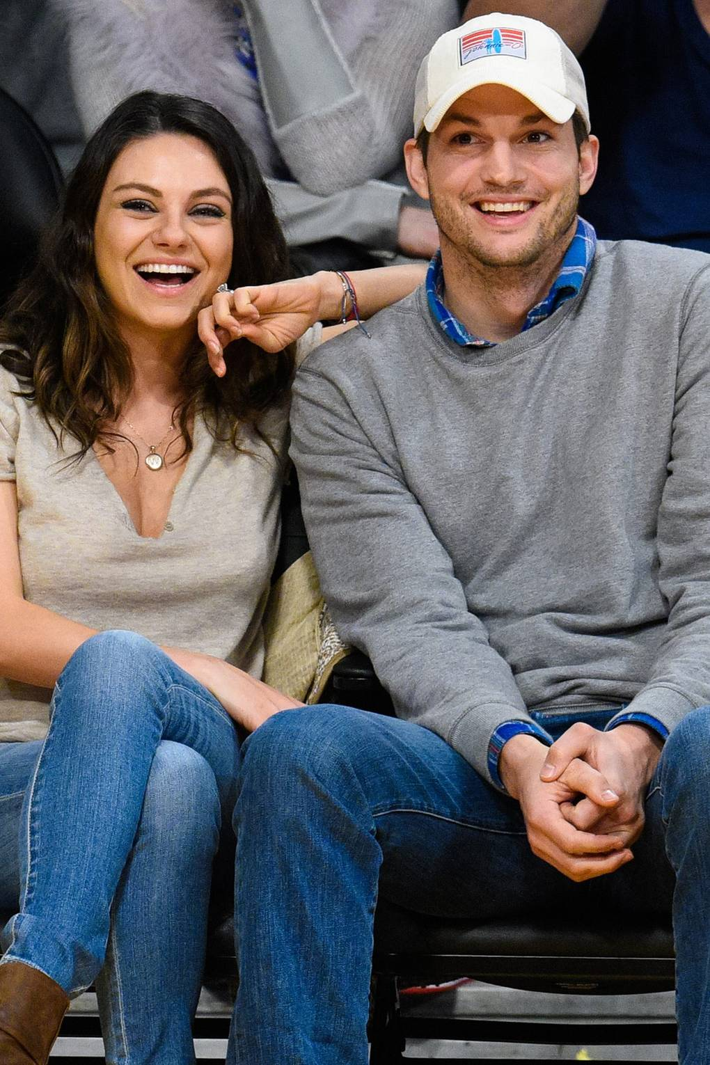 Ashton kutcher is married to who