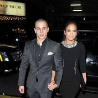 August: Jennifer Lopez and Casper Smart