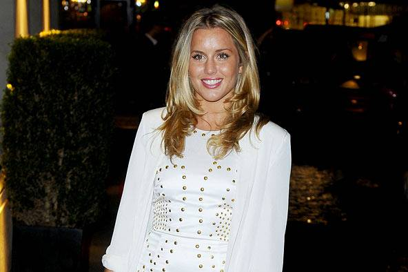 who is caggie dating now Made in chelsea star caggie dunlop is reportedly dating kelly brook's ex-boyfriend model thom evans, who recently dated 90210 star jessica lowndes.