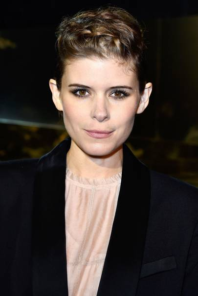 Kate Mara Suited Her Pixie Cut So Much And We Adore This Messy Textured Plait Style