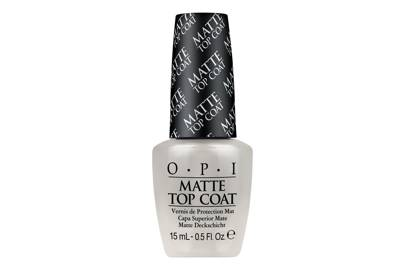 A top coat that will make any nail polish matte