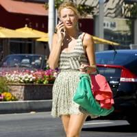 Serena – Clashing Clothes