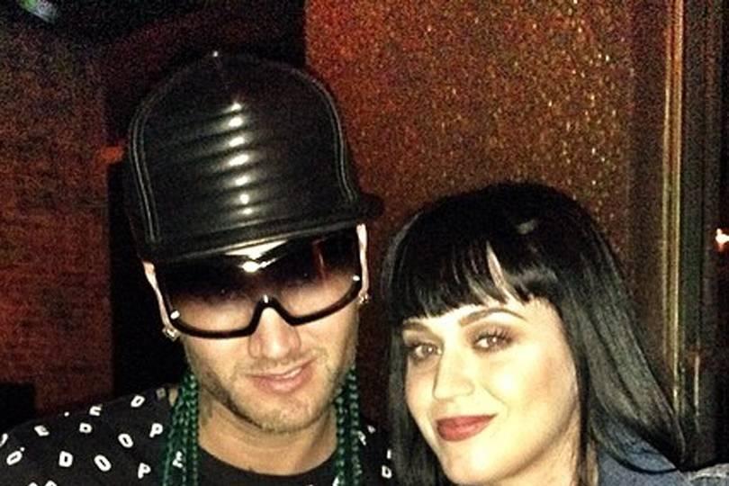 jodyhighroller dating Katy Perry Hur mycket kostar det att koppla in en överföring switch
