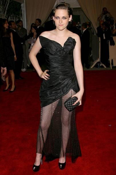 Gothic Girls - Kristen Stewart