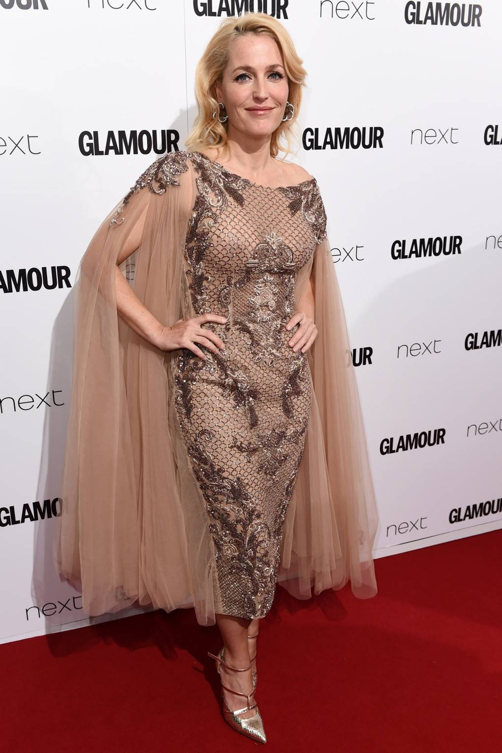 Gillian Anderson GLAMOUR Awards 2015 – Theatre Actress of the Year ...