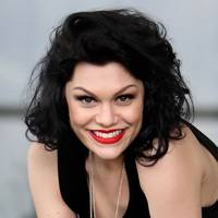 DON'T #22: Jessie J's 80s hairstyle - May