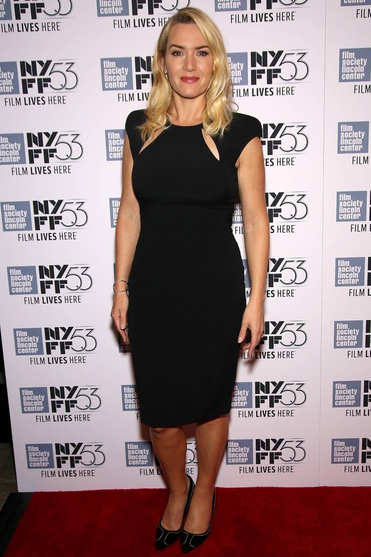 da8b646aac Kate Winslet s Style and Fashion Photos - Celebrity Fashion