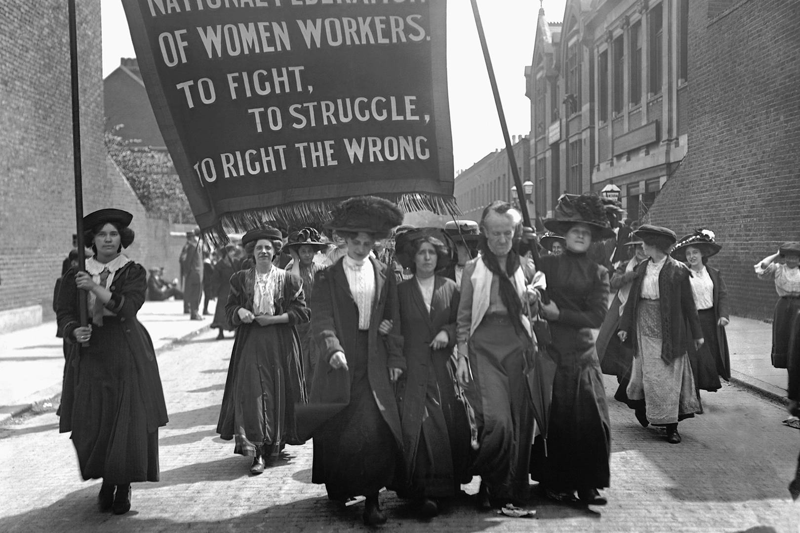 Vince Watch - Page 32 Suffragette_glamour_1feb18_gettyimages-613458380_l