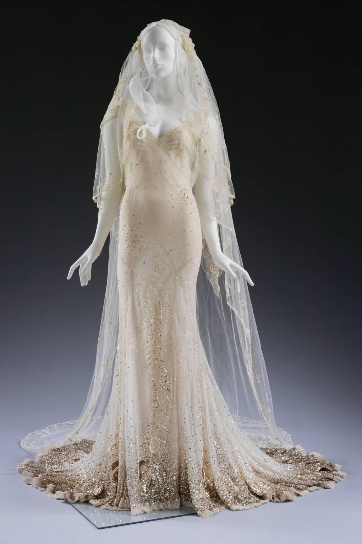 a8e129e1942 Celebrity Wedding Dresses - Dita Von Teese