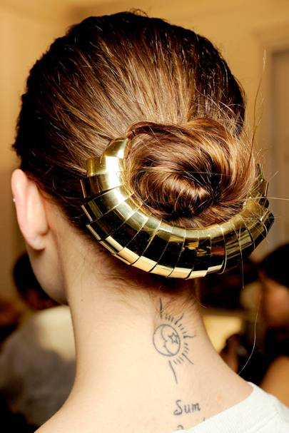 Trend: Accessorised Up-Do