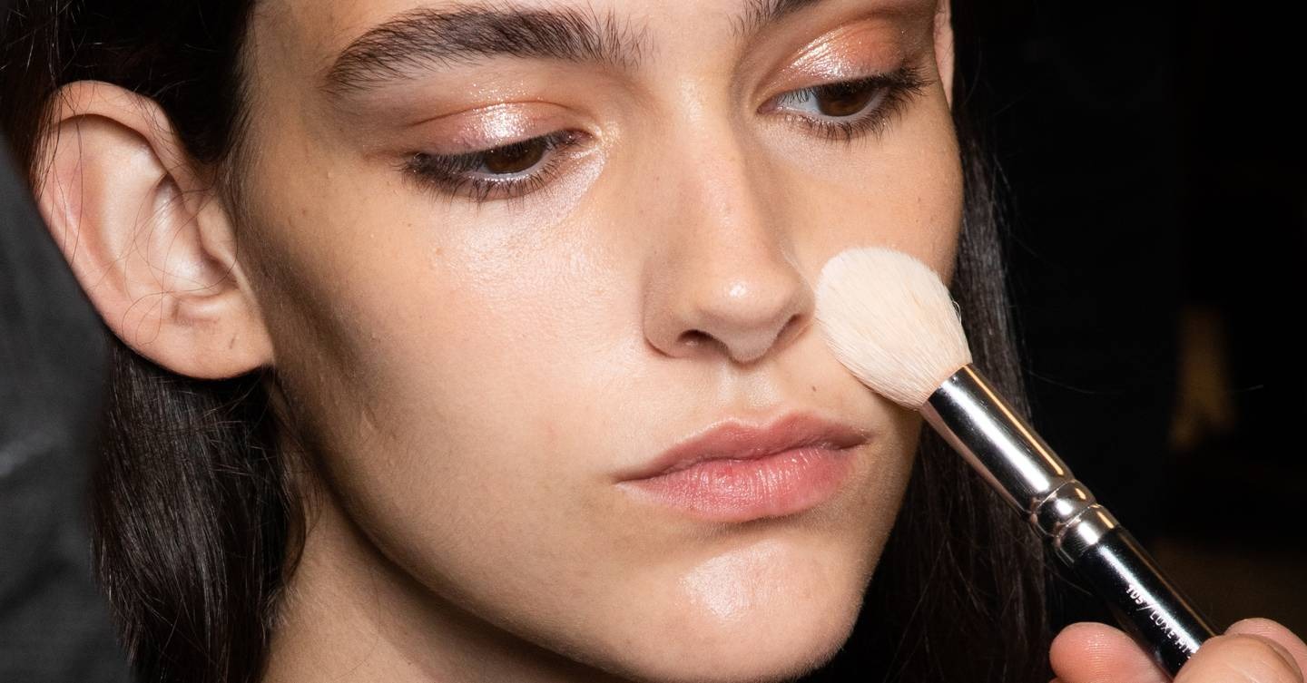 How to apply blusher like a makeup artist (and these hacks will totally change your beauty game)