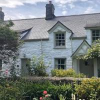 Best Airbnbs in Wales: for the big group