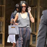 2545603c9d9 Rihanna Style & Fashion Evolution - Best Outfits Pictures | Glamour UK
