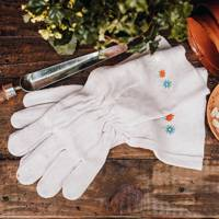 Personalised Mother's Day Gifts: the gardening gloves
