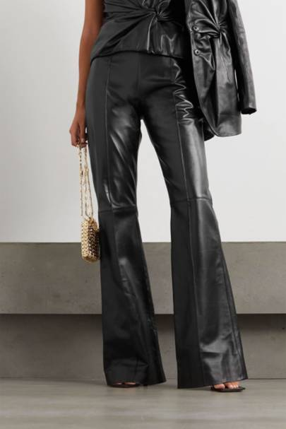 Leather trousers: the high-waisted pair