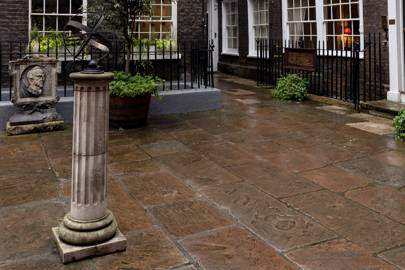 Pickering Place, St. James
