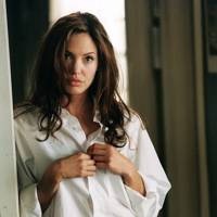 Angelina Jolie in Mr & Mrs Smith (2005)