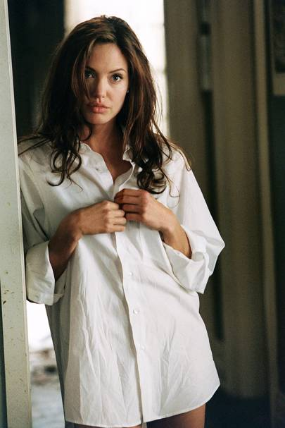 Angelina Jolie in Mr & Mrs Smith (2005)