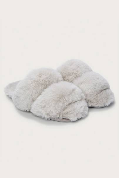 Best mother of the bride gifts: the slippers