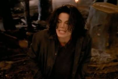 Earth Song – Michael Jackson