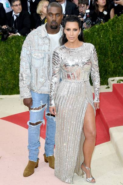 5ft 2in: Kim Kardashian