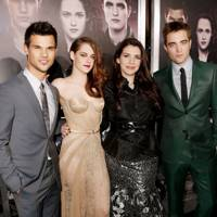 Stephenie Meyer Confirms Twilight 6, 7, 8 Films!