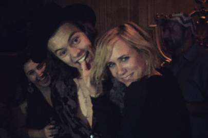 harry styles kristen wiig dancing together saturday night live