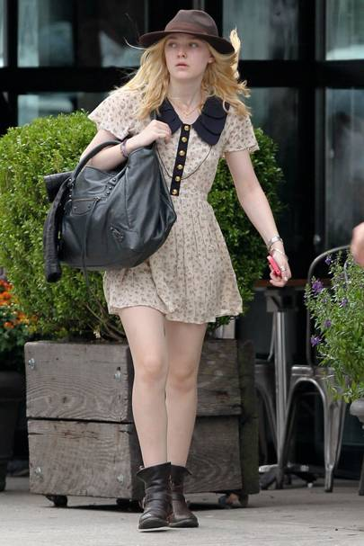 Vintage Doll – Dakota Fanning