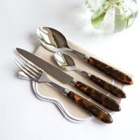 The statement cutlery