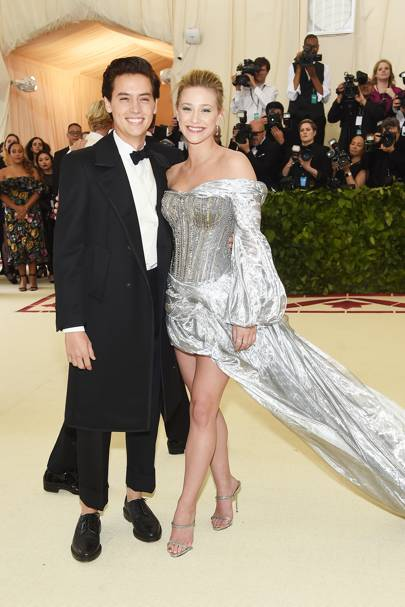 Met gala 2018 riverdale couple lili reinhart and cole sprouse red getty images m4hsunfo