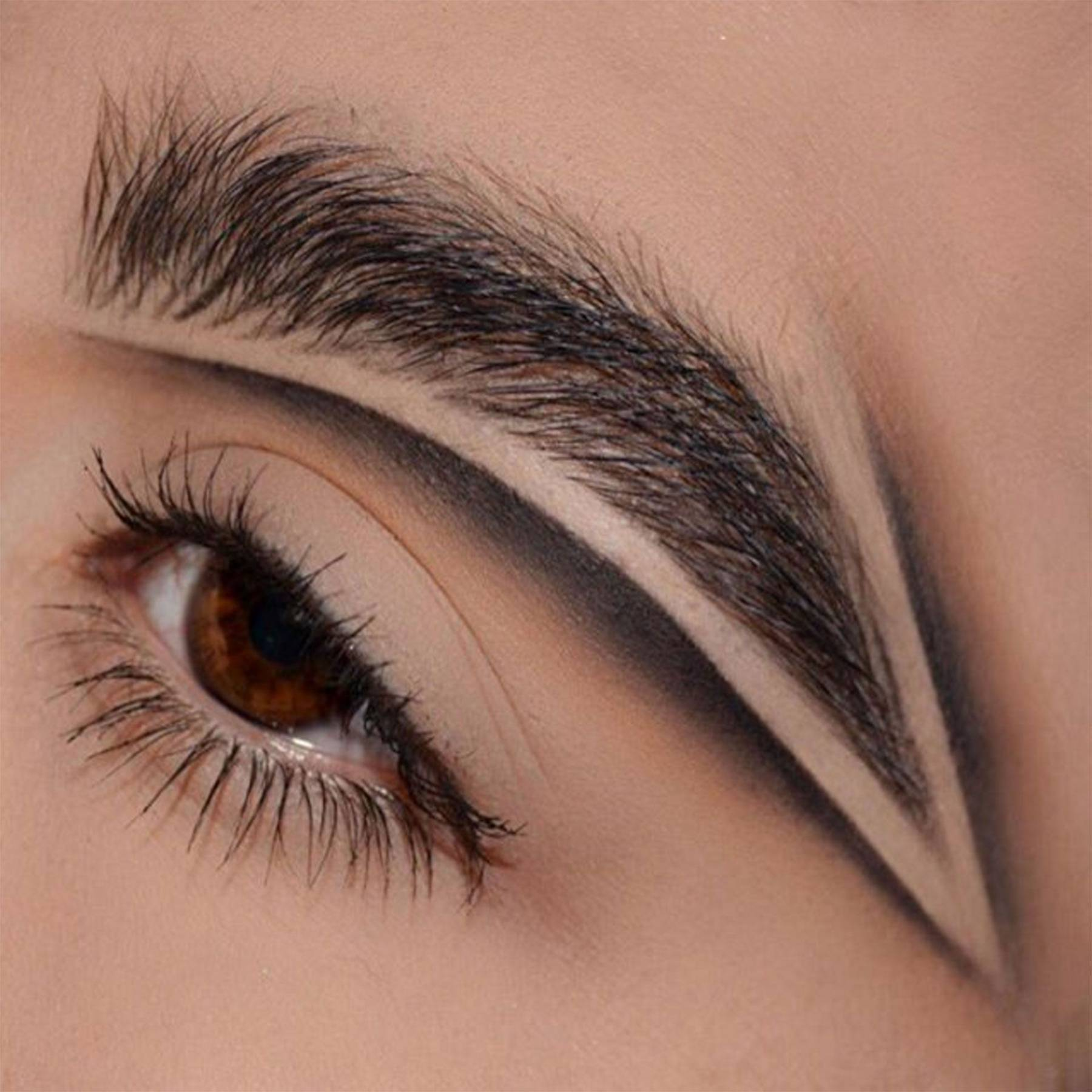 Eyebrow Carving Instagram Brow Trend 2017 Glamour Uk