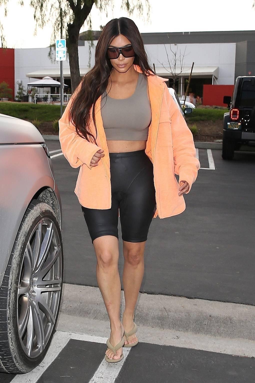 Kim Kardashian S Photoshop Failures On Instagram Glamour Uk