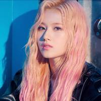 Sana's Melted Cotton Candy Hair and Makeup