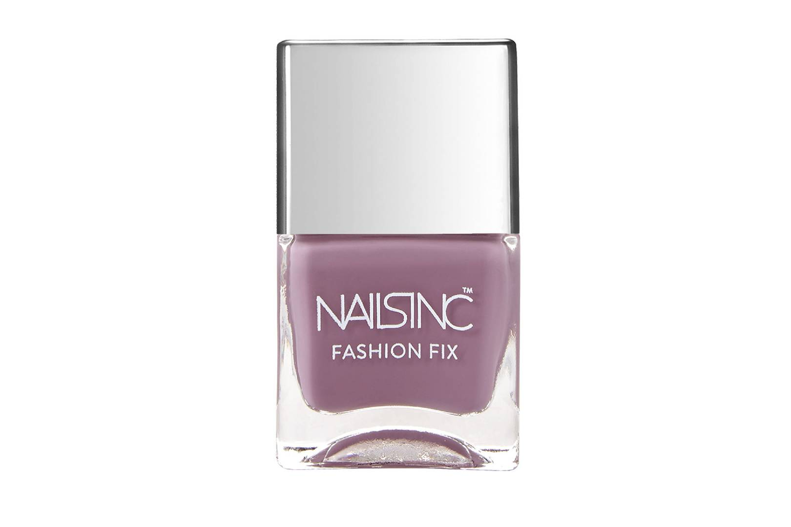 The Best Nail Polish Formulas And Colours To Have In Your Kit ...