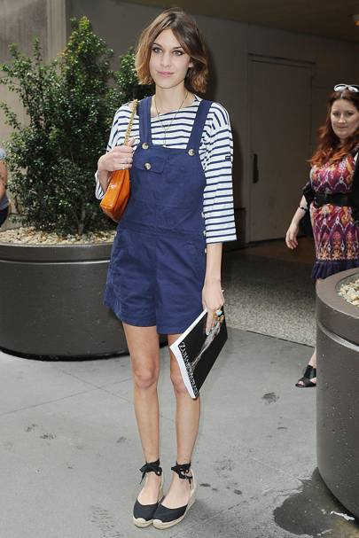 250b7be2a152b How to wear nautical fashion trend summer 2015