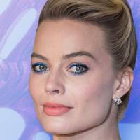 Here are 10 blue eyeliners so you can get disco eyes just like Margot Robbie