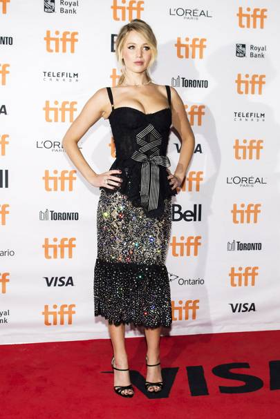 Jennifer lawrence best fashion style moments glamour uk jennifer lawrence attended the toronto international film festival for the canada premiere of mother in a dolce gabbana cruise 2018 dress voltagebd Gallery