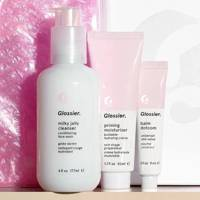 Gift Sets For Sisters: the skincare bundle