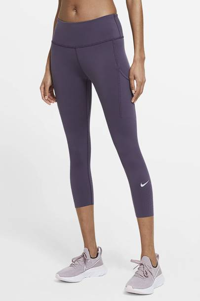 Best gym leggings with pockets: Nike