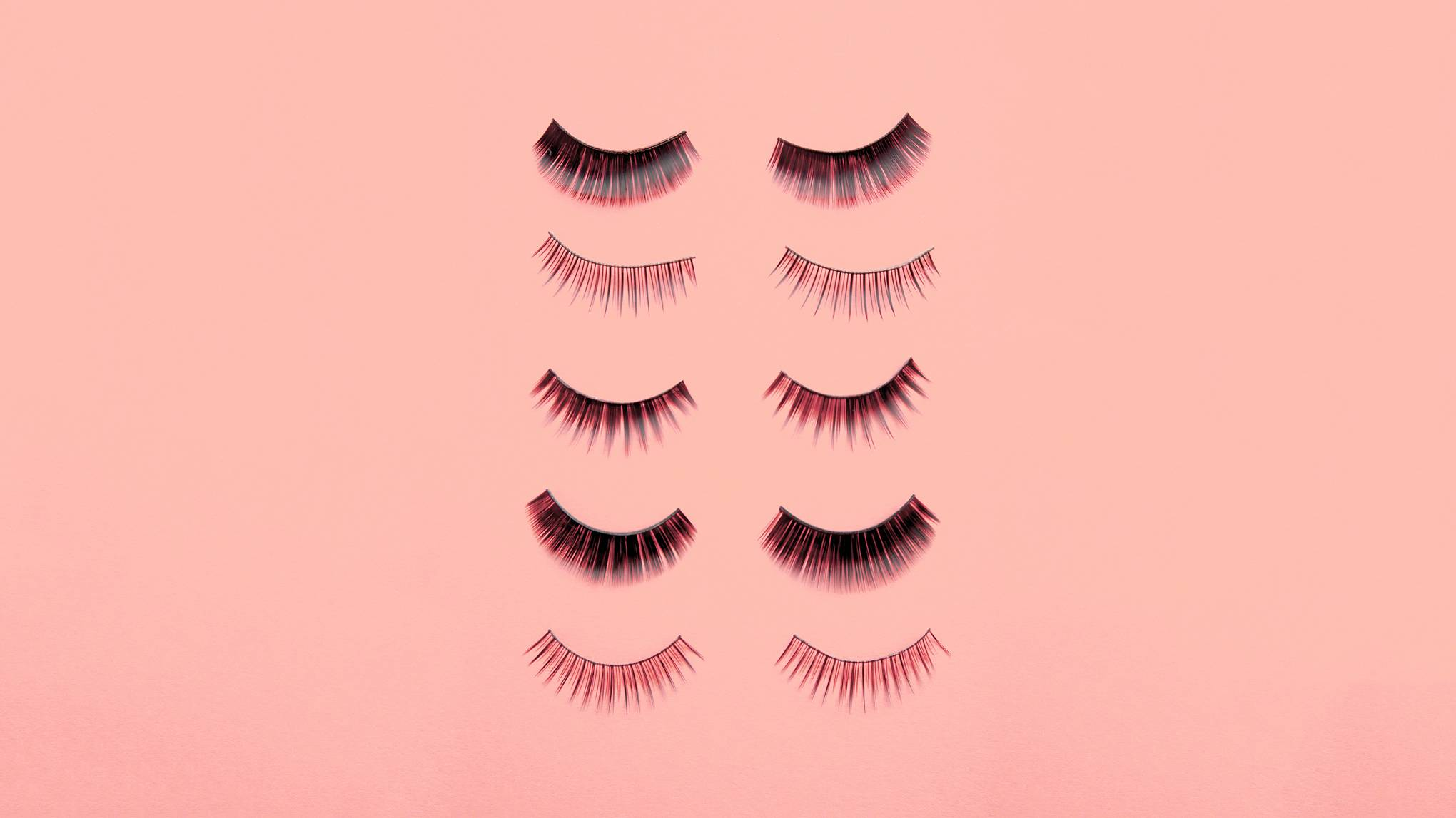2db58b4d7c3 Woman's Photo Of False Eyelashes Goes Viral After They Arrive Not As  Expected | Glamour UK
