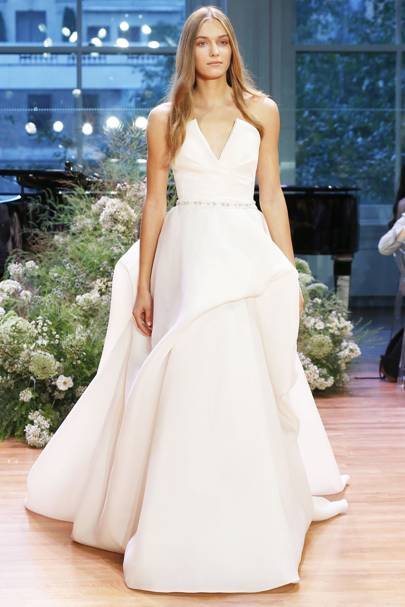 Meghan markles wedding dress which designer will she choose monique lhuillier celebrities love this bridal designer would prince harry be looking at meghan walking down the aisle wearing this junglespirit Image collections