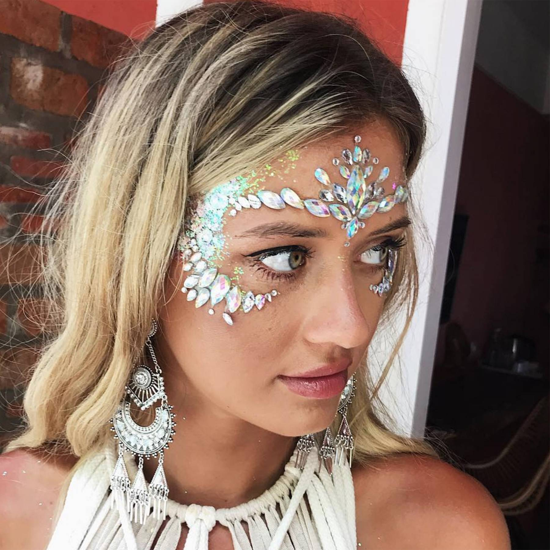 Festival Makeup Ideas 2019: From Glittery To Understated Cool | Glamour UK