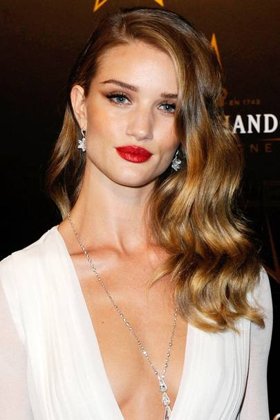 DO #3: Rosie Huntington-Whitely's side-swept Hollywood curls - September