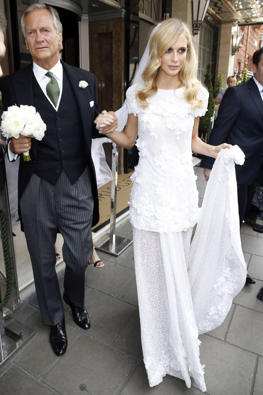 Delevingne poppy bans instagram at her wedding