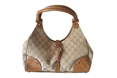 The vintage Gucci Jackie bag