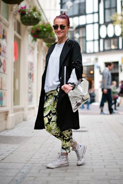 Emilia Bjuren, Sales Assistant